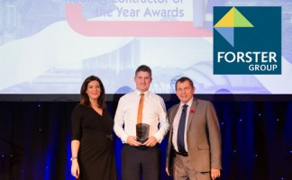 Forster technical manager Alan Collins receives Solar NFRC Scottish Roofing Contractor of the Year Award