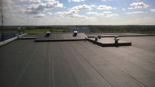 Roof-Link won the Eco-Activ Roofing category at the IMA awards for its work at the Ford Motor Company, Dunton Research Centre