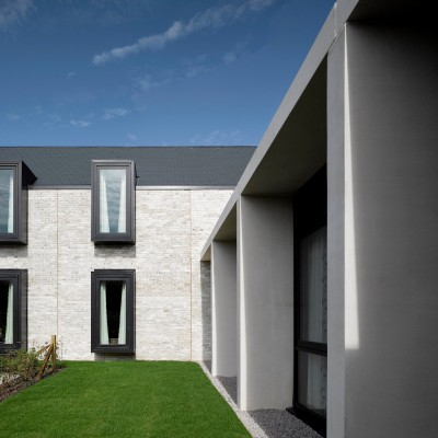 Rivendale fibre cement slates have been used on the award-winning Keppie 'home from home'