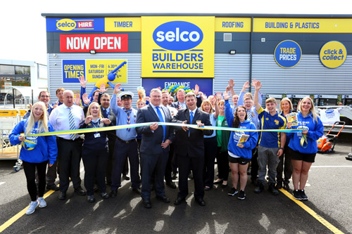 Selco Takes The Plunge In Poole Roofing Cladding Insulation