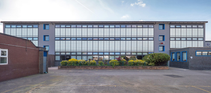 Kalwall Sheds Light On Education Roofing Cladding