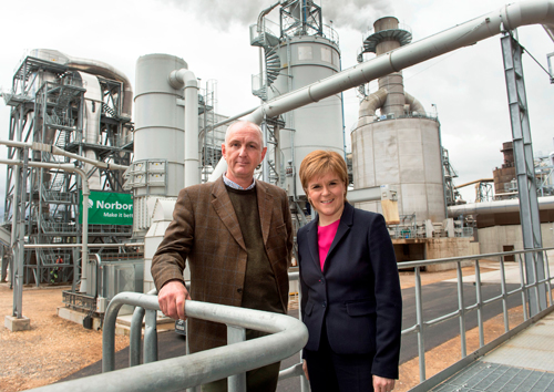 Karl Morris, managing director, Norbord Europe with First Minister, Nicola Sturgeon