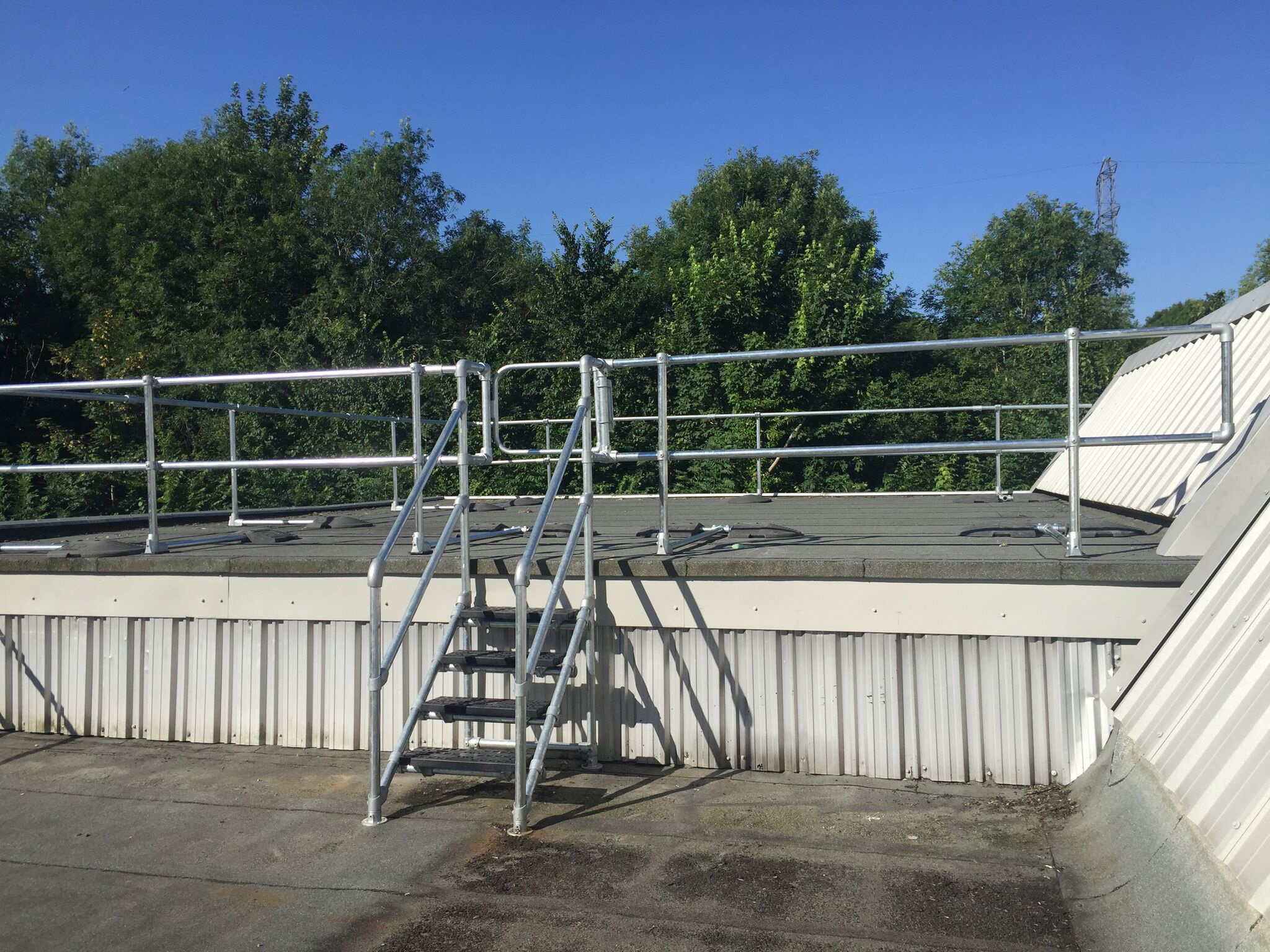 Kee Systems Have Roof Safety Solutions Down To A T
