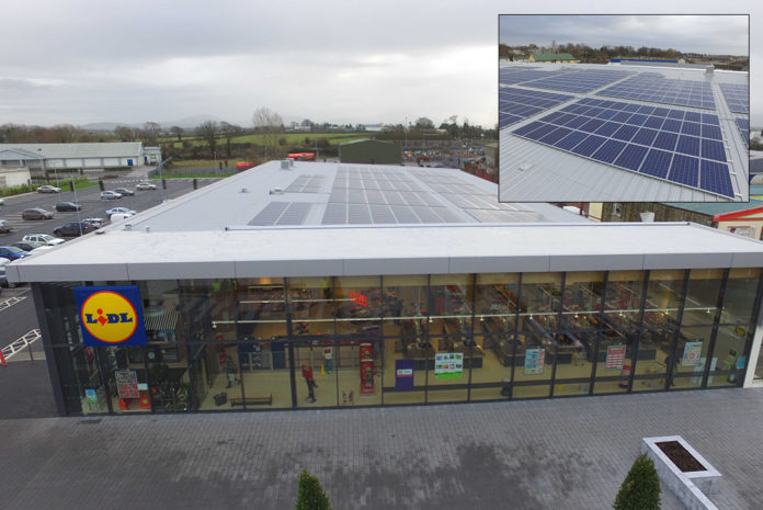 555 Kingspan Rooftop Solar PV panels have helped a Lidl store in Nenagh to meet over a quarter of its energy requirements with renewable energy, saving over 40 tonnes of carbon every year.