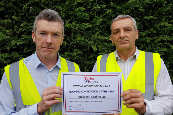 Bracknell Roofing Wins Taylor Wimpey Award Roofing