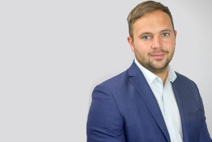 Mike Reddington, head of ecommerce, Burton Roofing Merchants
