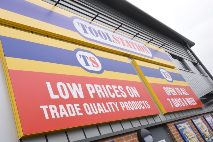 In addition to launching its new Trade Credit account and January catalogue, Toolstation has also enhanced its in-store customer and digital experience by introducing wi-fi in stores and improved payment terminals