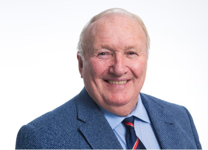 Gordon Penrose has been awarded an MBE in this year's New Year Honours list in recognition of his services to the roof slating and tiling industry